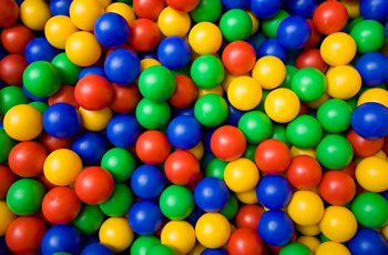 100x-Childrens-Plastic-Play-Balls-for-Ball-Pits-Pool-Bouncy-Castle-Multicoloured-Toys-0