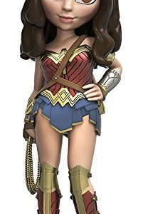 Batman-V-Superman-Wonder-Woman-Action-Figure-0