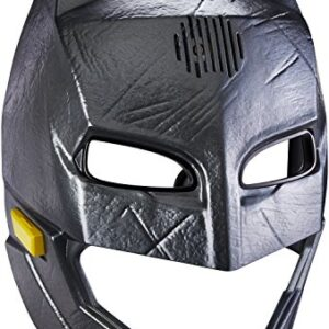 Batman-vs-Superman-Lights-and-Sounds-Voice-Changer-Helmet-Parent-0