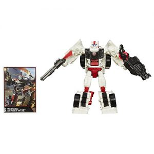 Transformers-Generations-Combiner-Wars-Deluxe-Class-Protectobot-Streetwise-Action-Figure-0