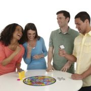 Trivial-Pursuit-Party-Board-Game-0-2