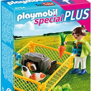 Playmobil-4794-Specials-Plus-Girl-with-Guinea-Pigs-0