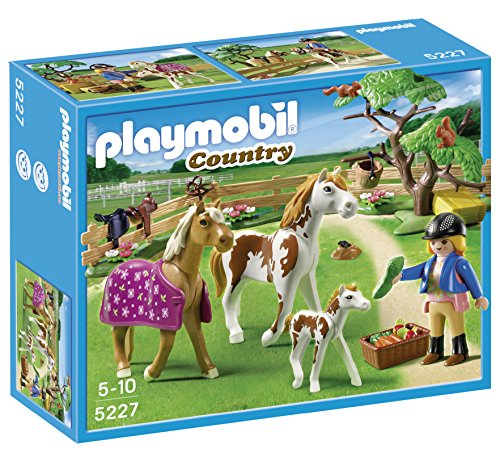 Playmobil-5227-Country-Pony-Farm-Paddock-with-Horses-and-Pony-0